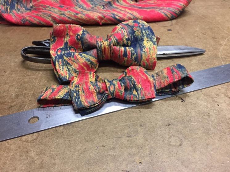 Lindsey's designs - bowtie.